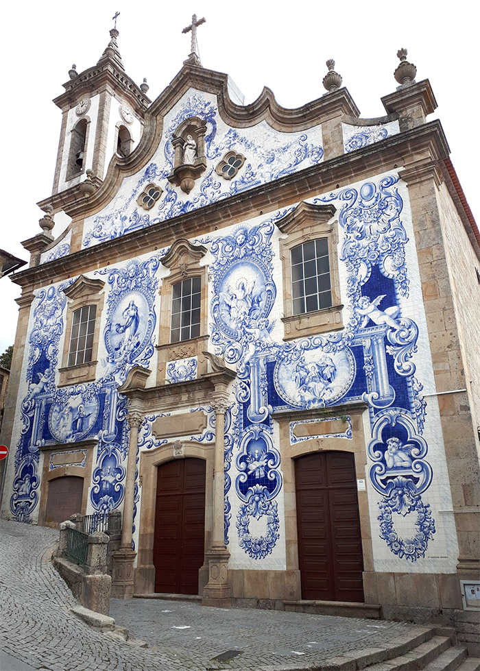 portugal eglise santa maria azulejos