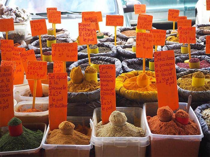 guadeloupe marché épices
