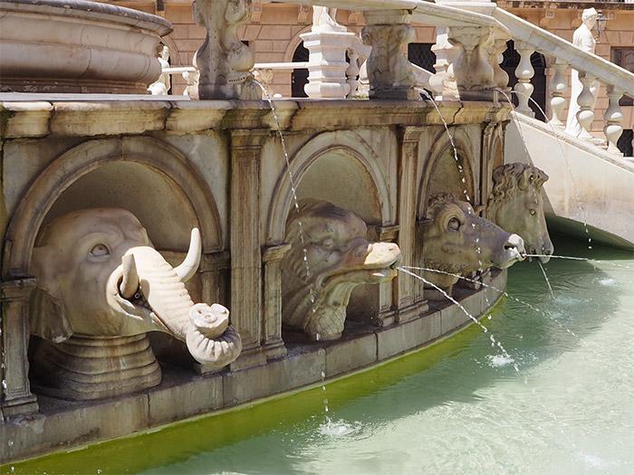 fontaine vergogna palerme