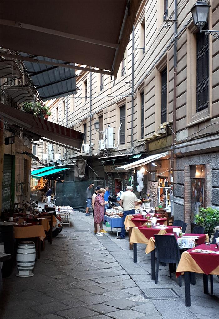 palerme rue restaurants