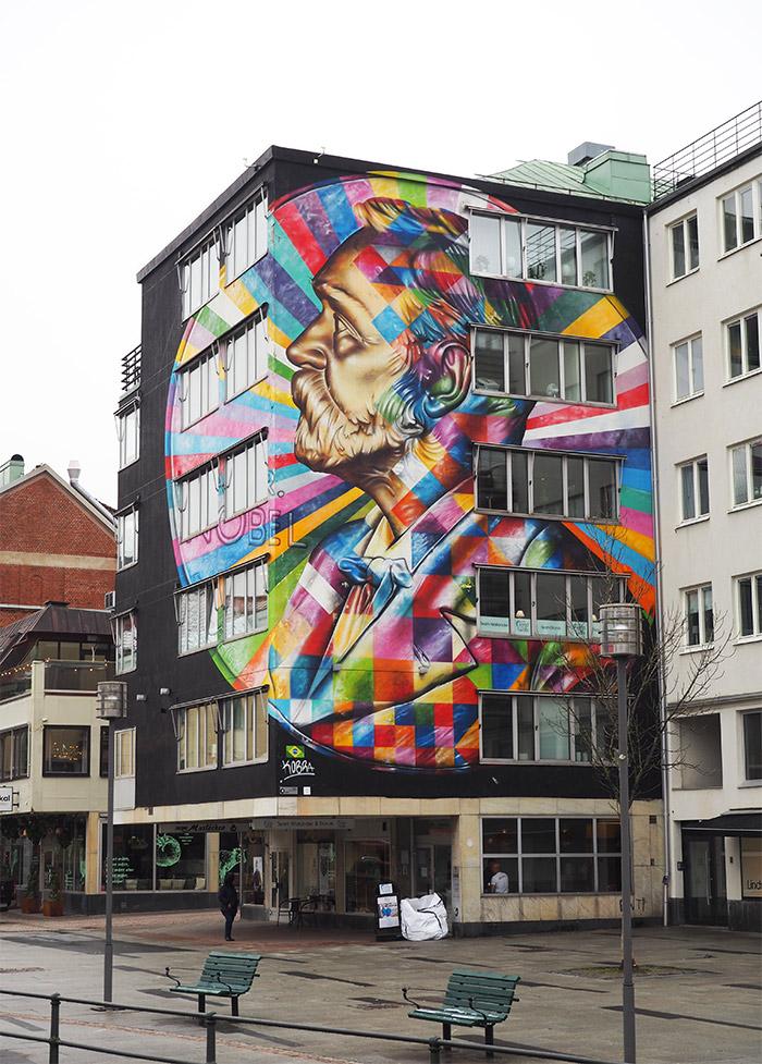 Eduardo Kobra à Boras en Suède street art