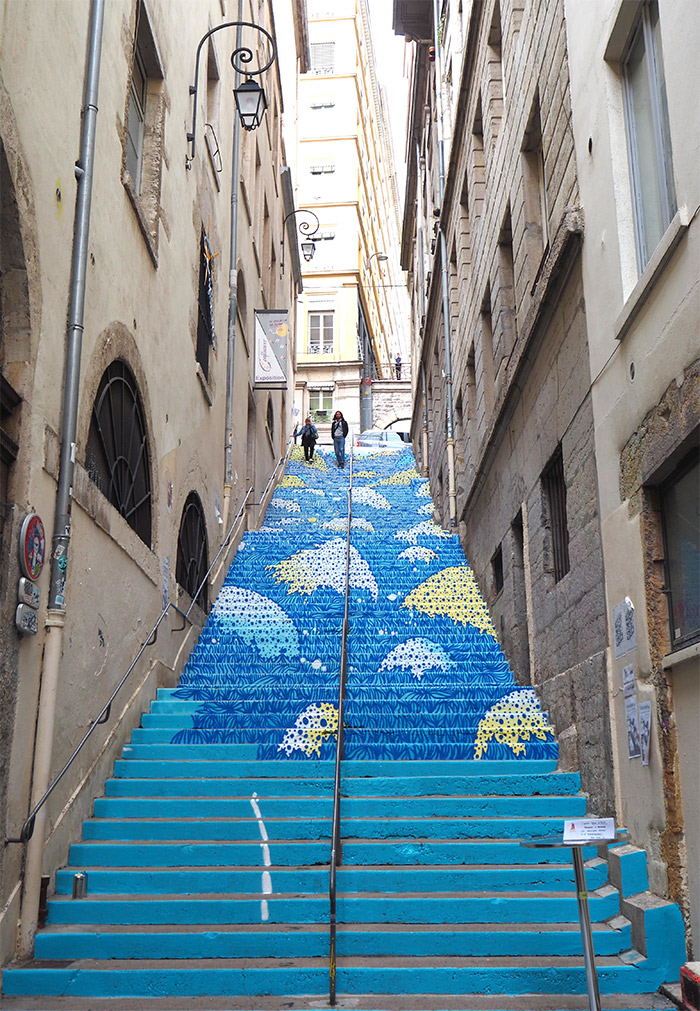 Wenc Lyon escaliers mermet peinture fraîche superposition