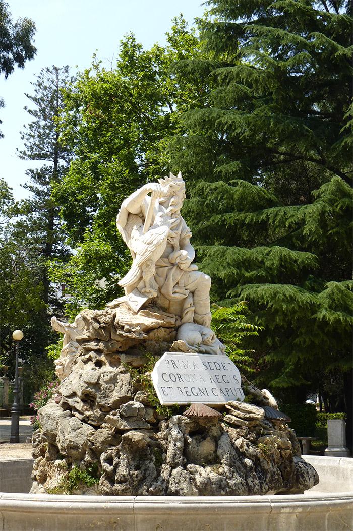 statue villa giulia palermo