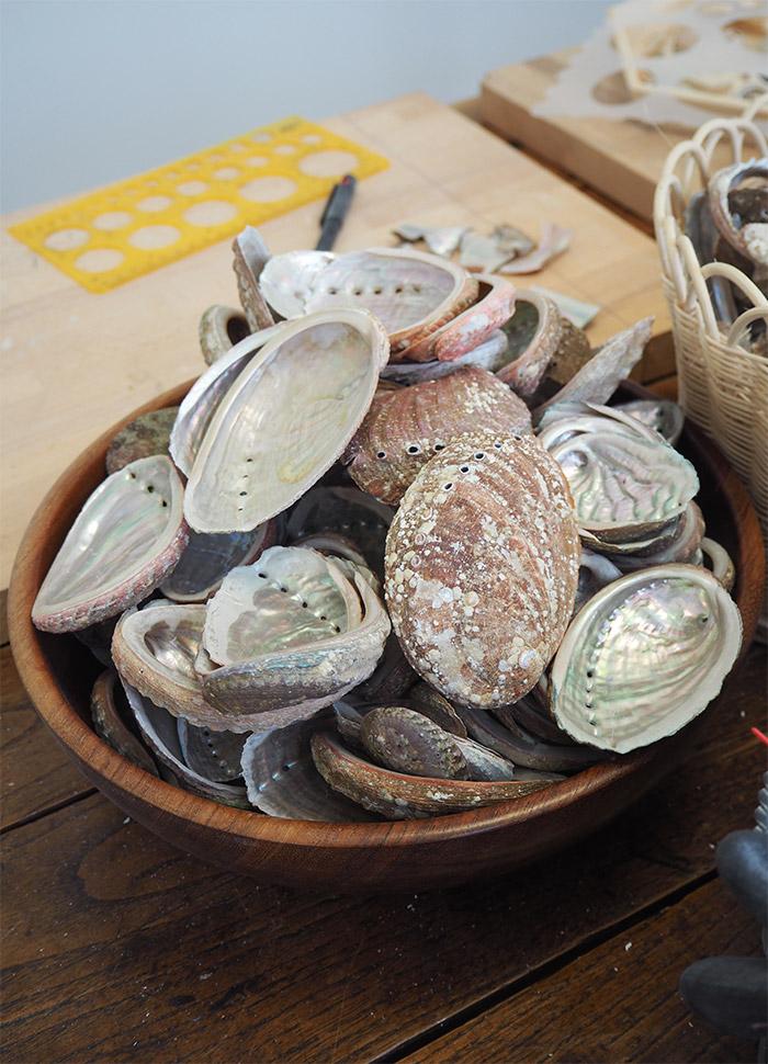 YS PARIS coquilles ormeaux bretons colliers