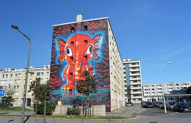 red paint red saves lives lyon elefanka