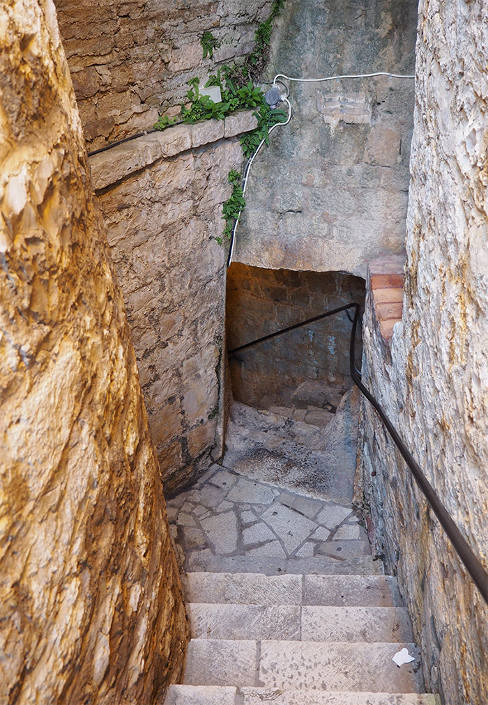 forteresse hvar cachot croatie