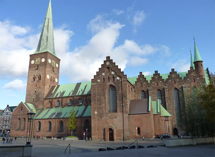 aarhus cathedrale danemark