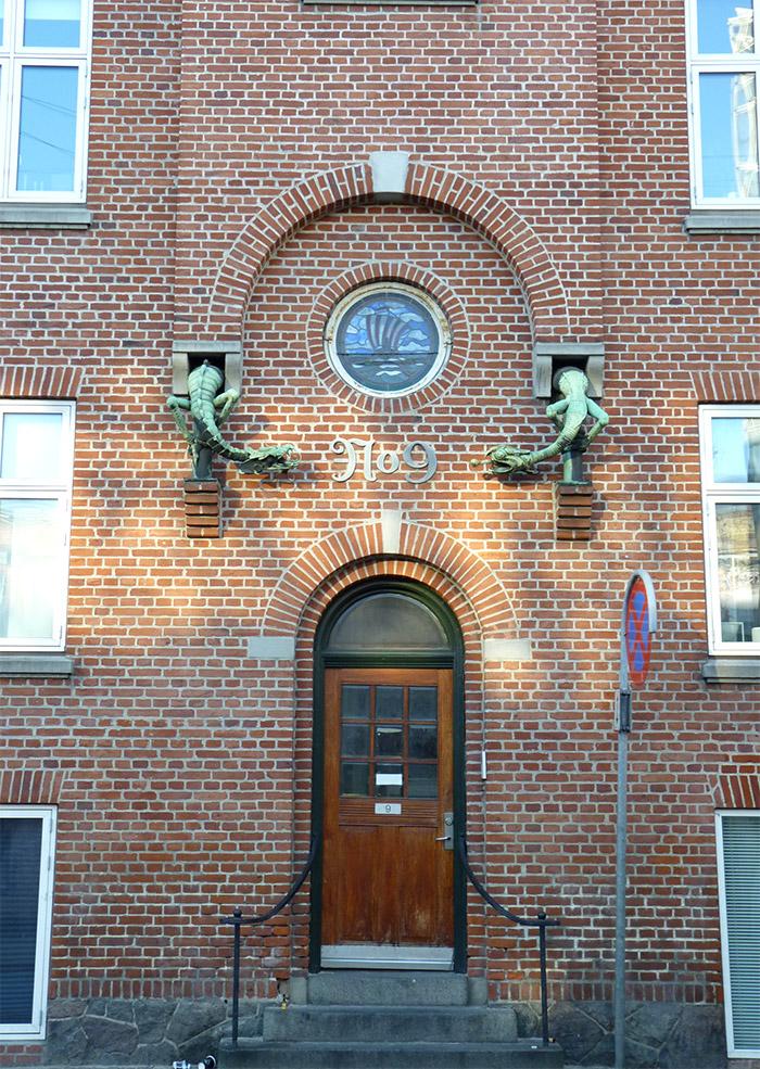 danemark aarhus architecture dragons