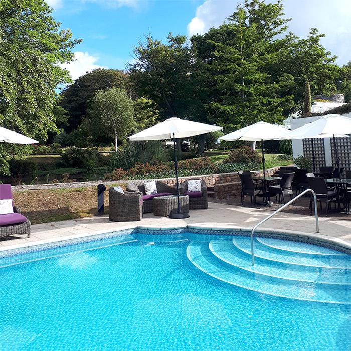 jersey piscine longueville manor