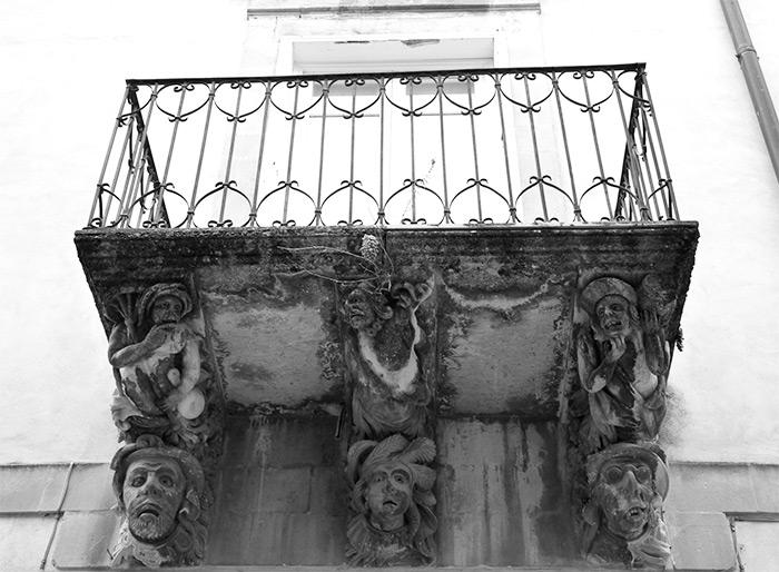 Sicile Ragusa balcon