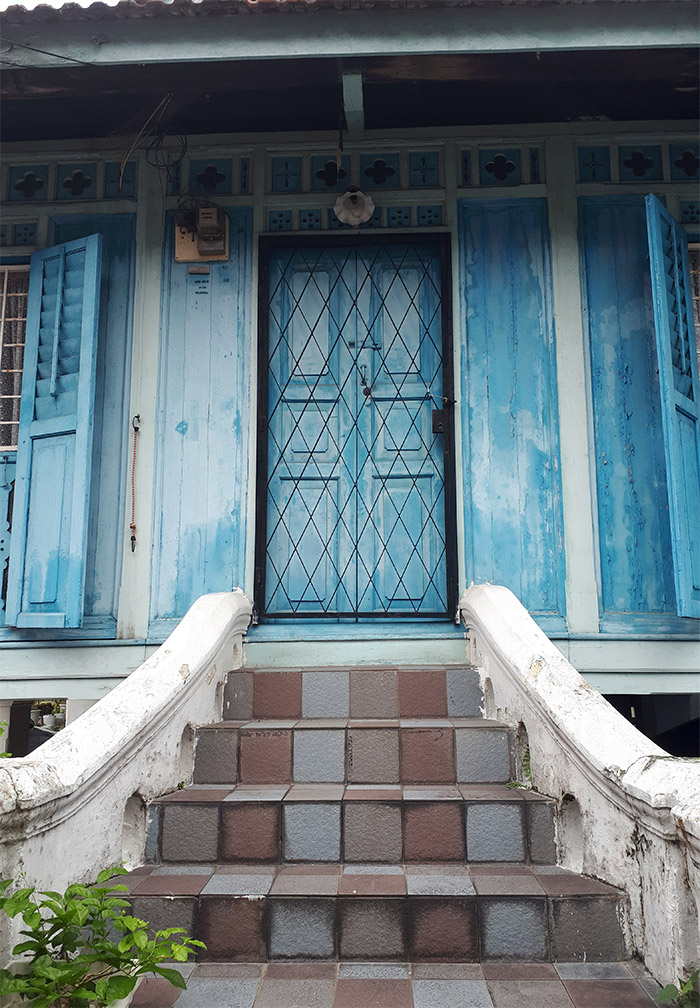 kuala lumpur master mats maison bleue