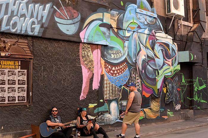 street art montreal sainte catherine
