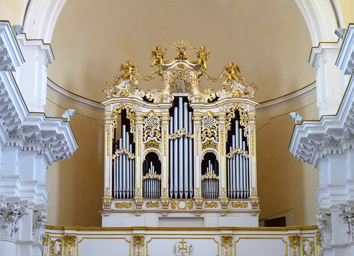 noto eglise san carlo orgue