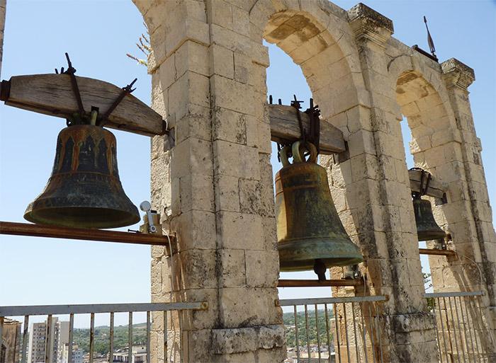 eglise noto san carlo cloches campanile