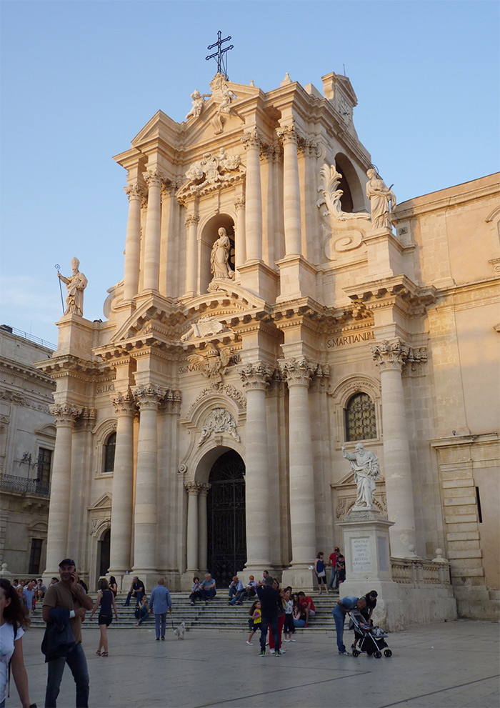 syracuse ortigia cathedrale