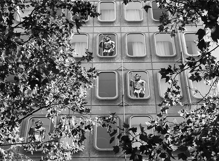 paris 10 kouka façade hotel renaissance