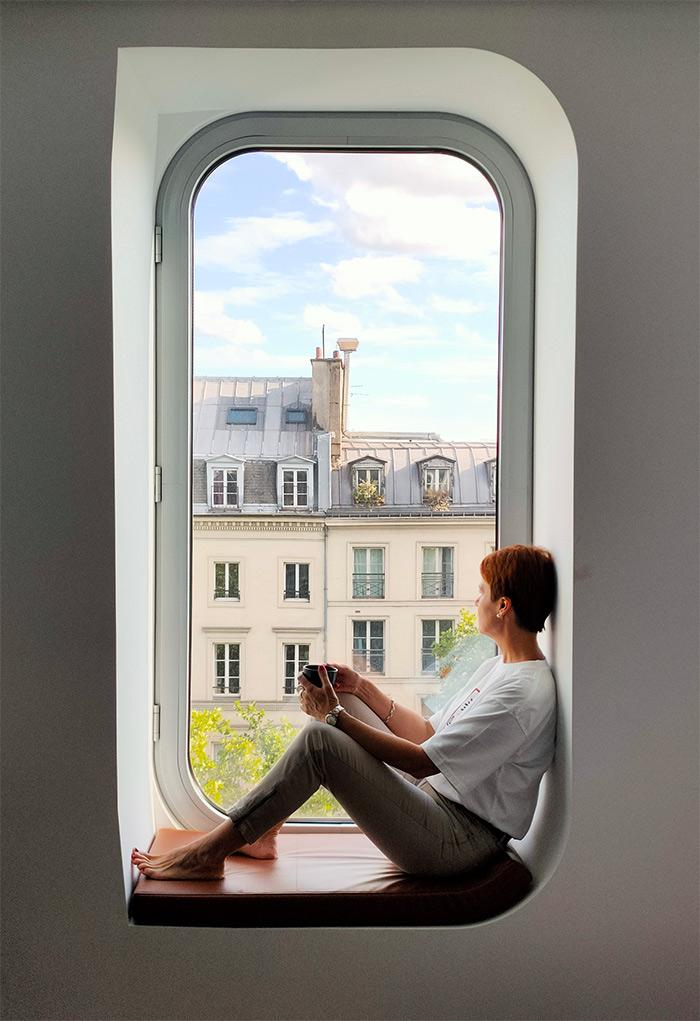 urban view chambre paris renaissance hotel