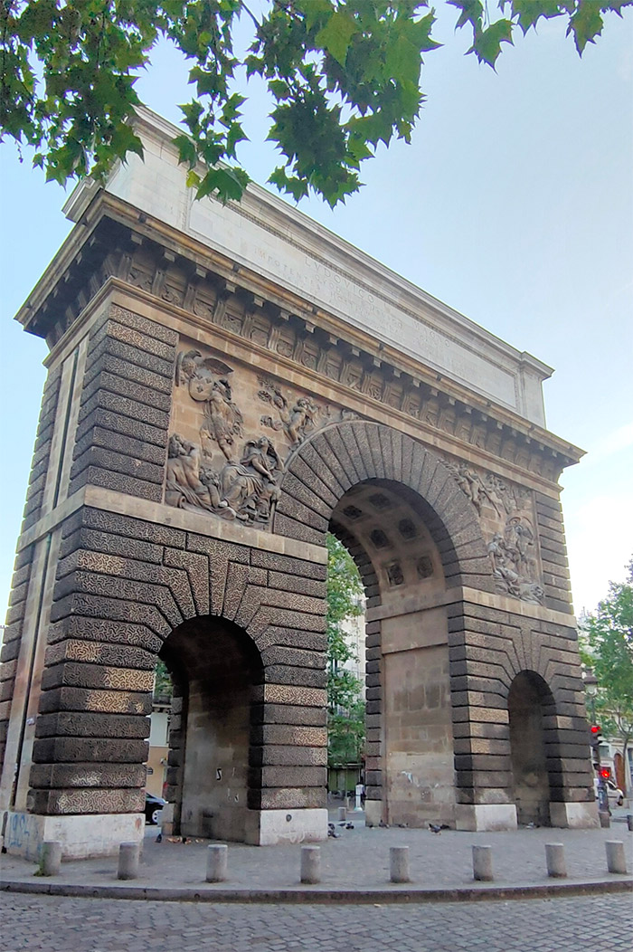 porte saint martin paris