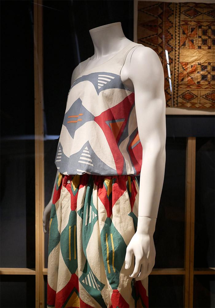 expo lee price musee tissus vivienne westwood
