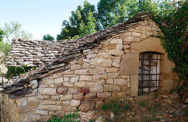 france aveyron maison pierre