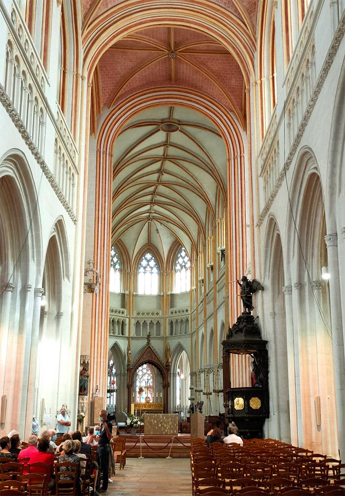 quimper cathedrale nef