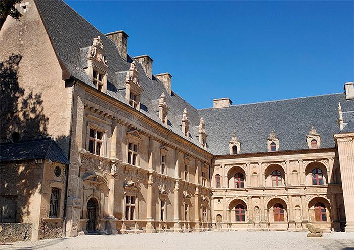 chateau bournazel aveyron