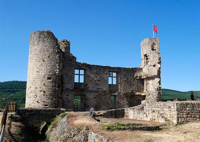 chateau bertholene ruines aveyron