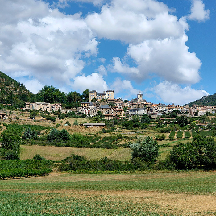 village aveyron france