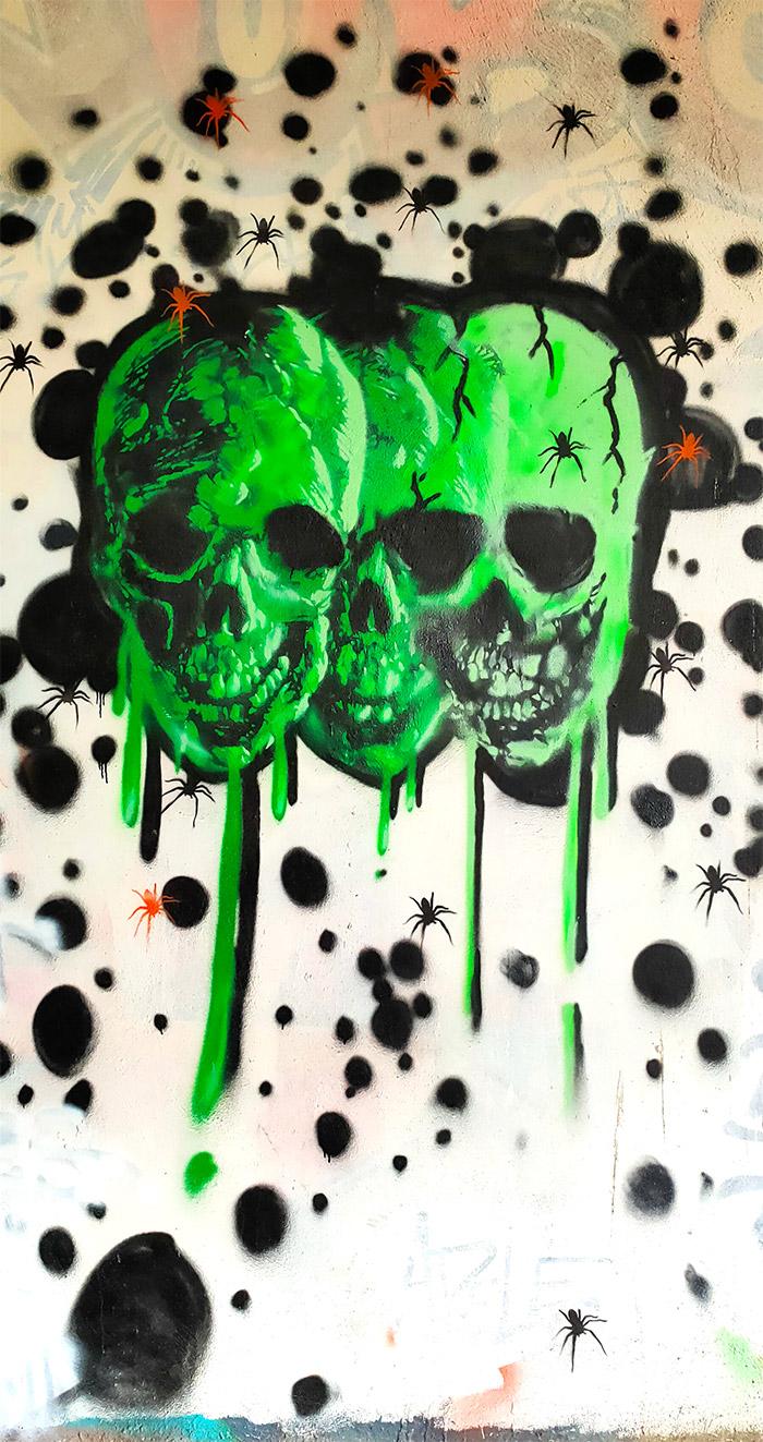 spot 13 street art trashh