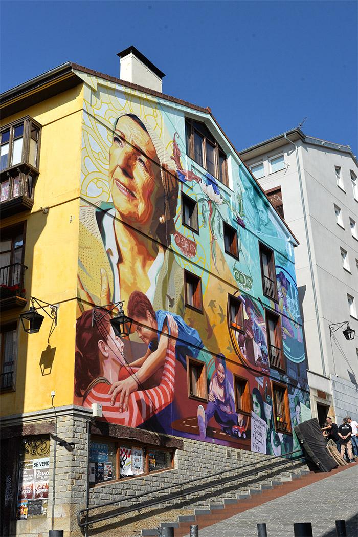ville peinte vitoria gasteiz