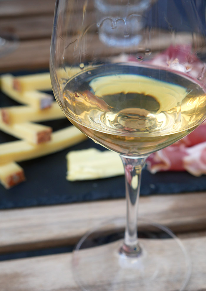 vin jura savagnin terres de vin besancon