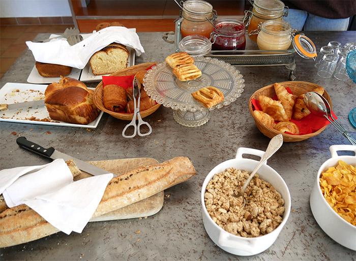 petit dejeuner relais notre dame quinson