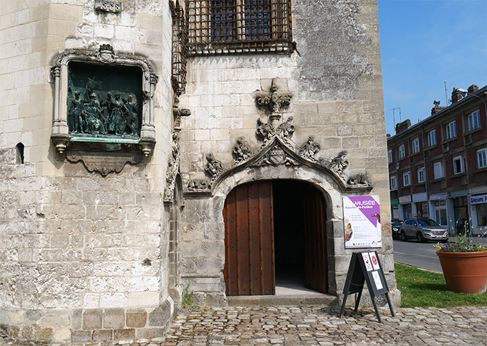 picardie abbeville beffroi